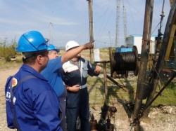 Maintenance of oil wells